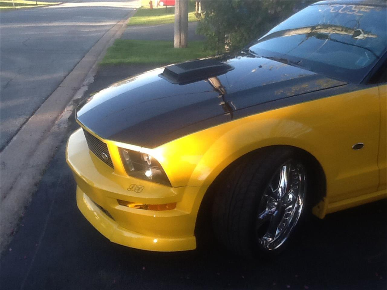 Large Picture of '07 Mustang GT located in Halifax Nova Scotia - QCB1