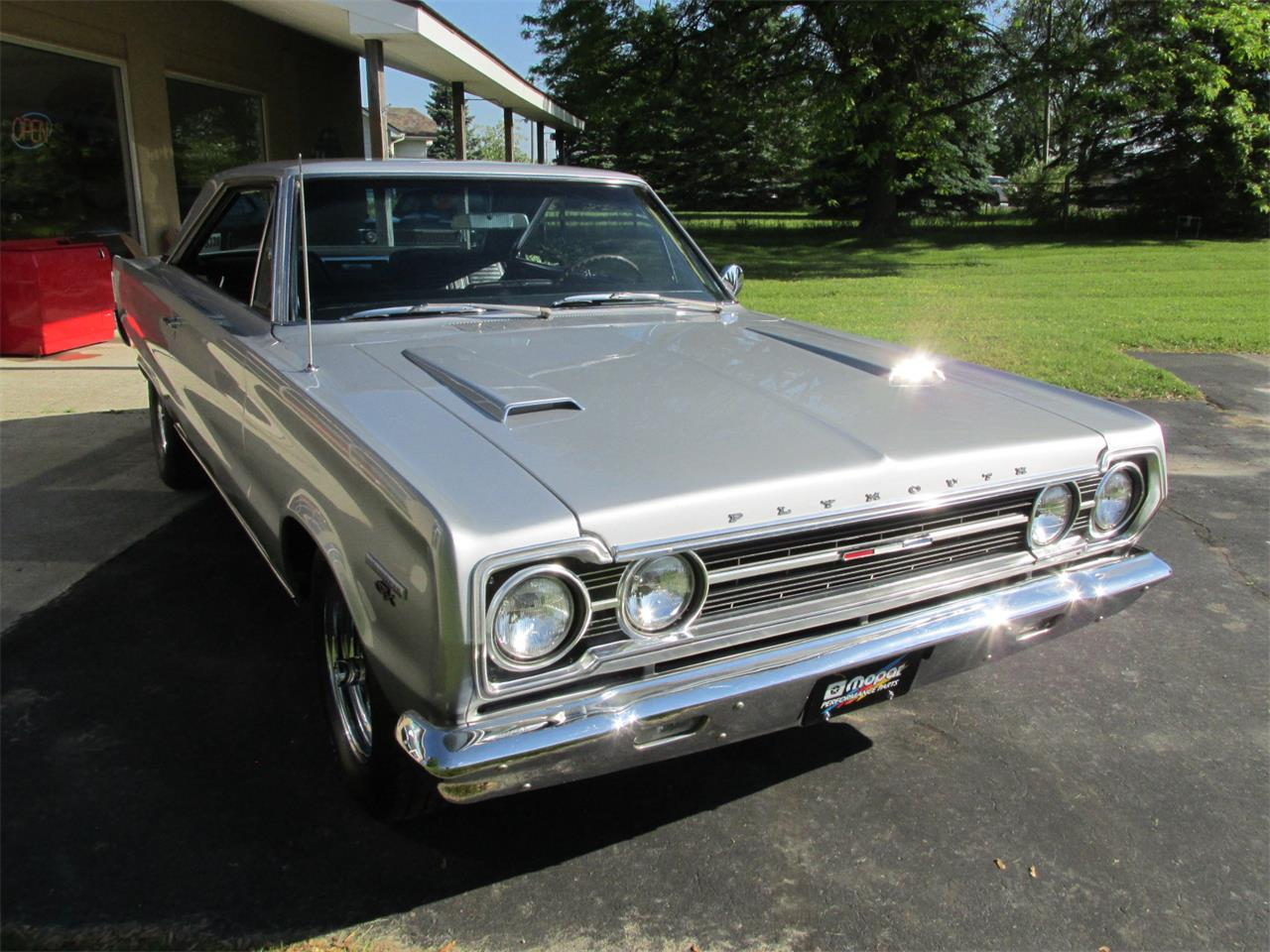 Large Picture of '67 Plymouth GTX located in Michigan - $41,900.00 Offered by Ross Custom Muscle Cars LLC - QCBG