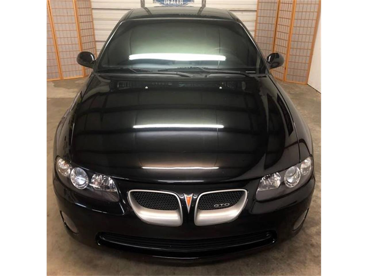 Large Picture of '04 GTO - QCBN