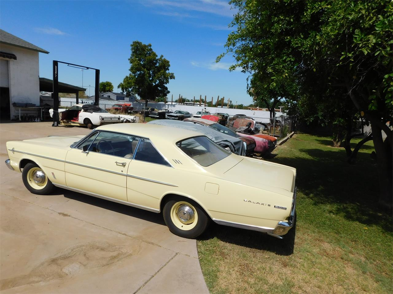 Large Picture of Classic '66 Galaxie 500 located in Phoenix Arizona - $23,000.00 Offered by Classic Car Pal - QCC5
