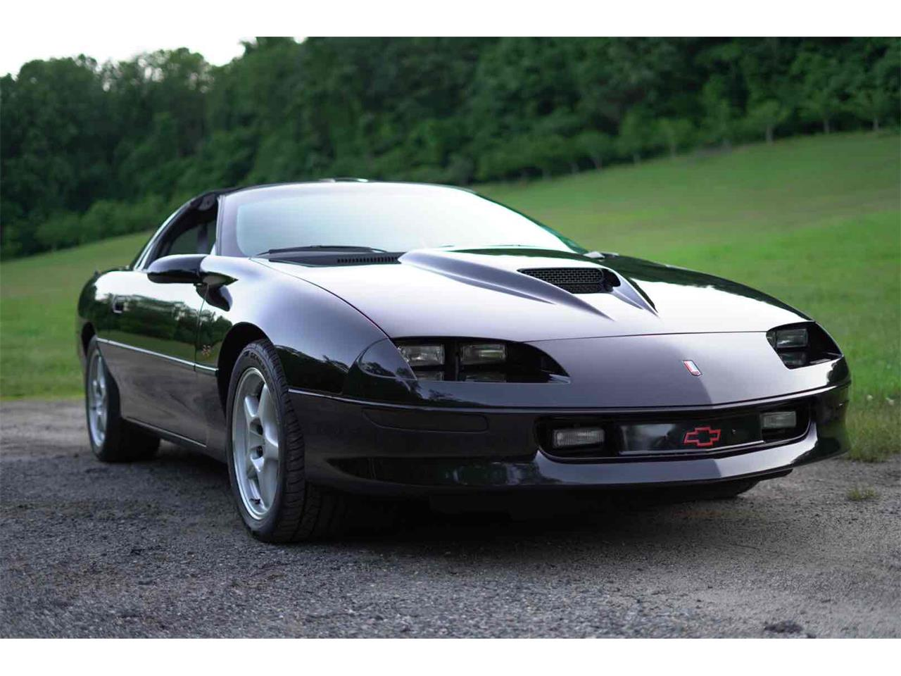 Large Picture of '96 Camaro SS Z28 - QCF3