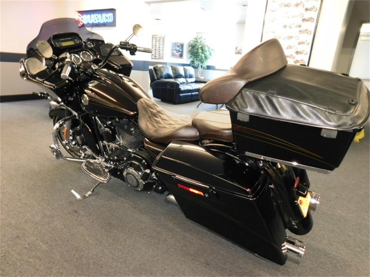 Large Picture of '12 Road Glide - QCF4