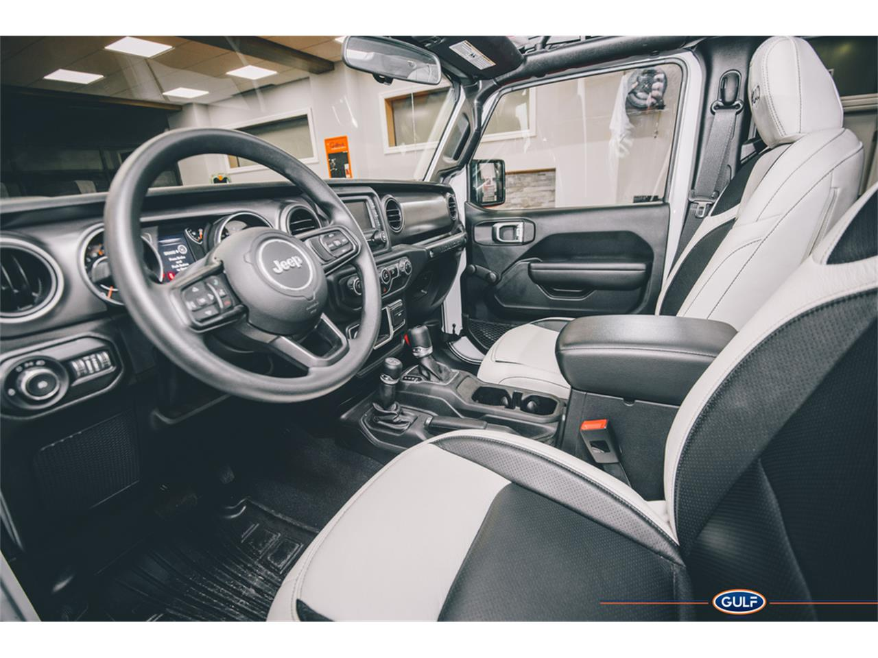 Large Picture of 2018 Jeep Wrangler located in Uncasville Connecticut Auction Vehicle Offered by Barrett-Jackson - QCK1