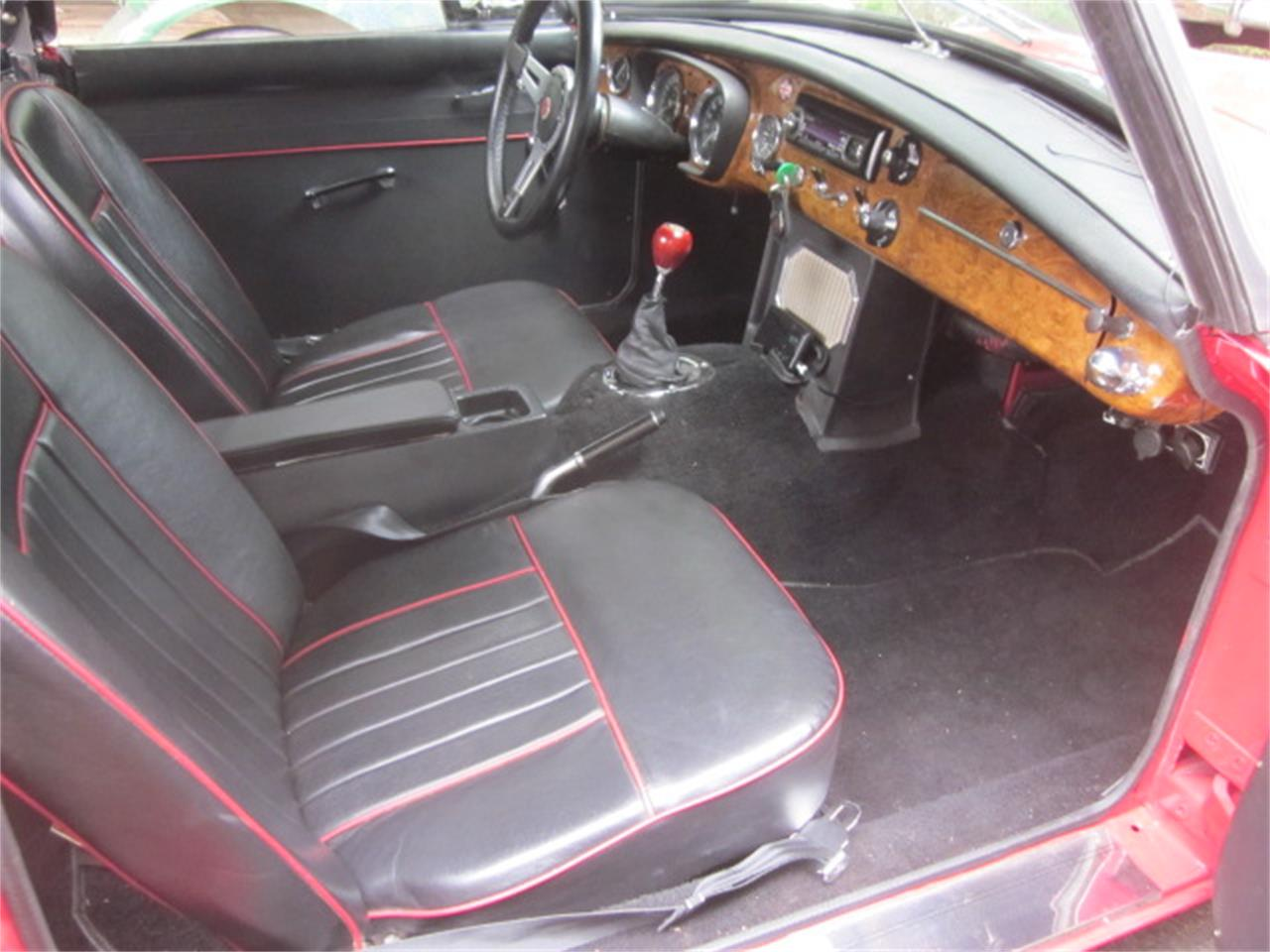 Large Picture of '66 MGB - QCKJ