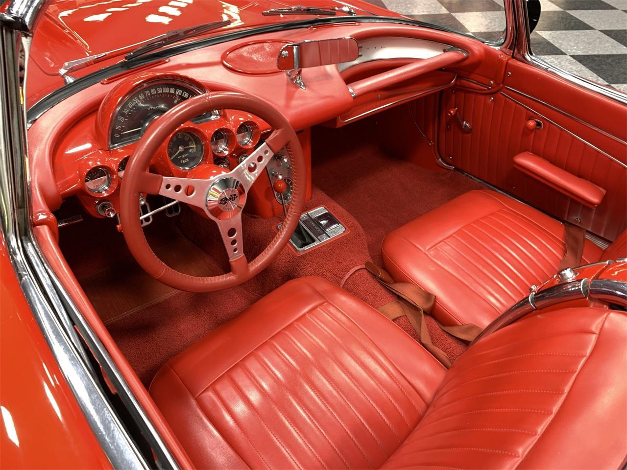 Large Picture of '62 Corvette - QCMZ