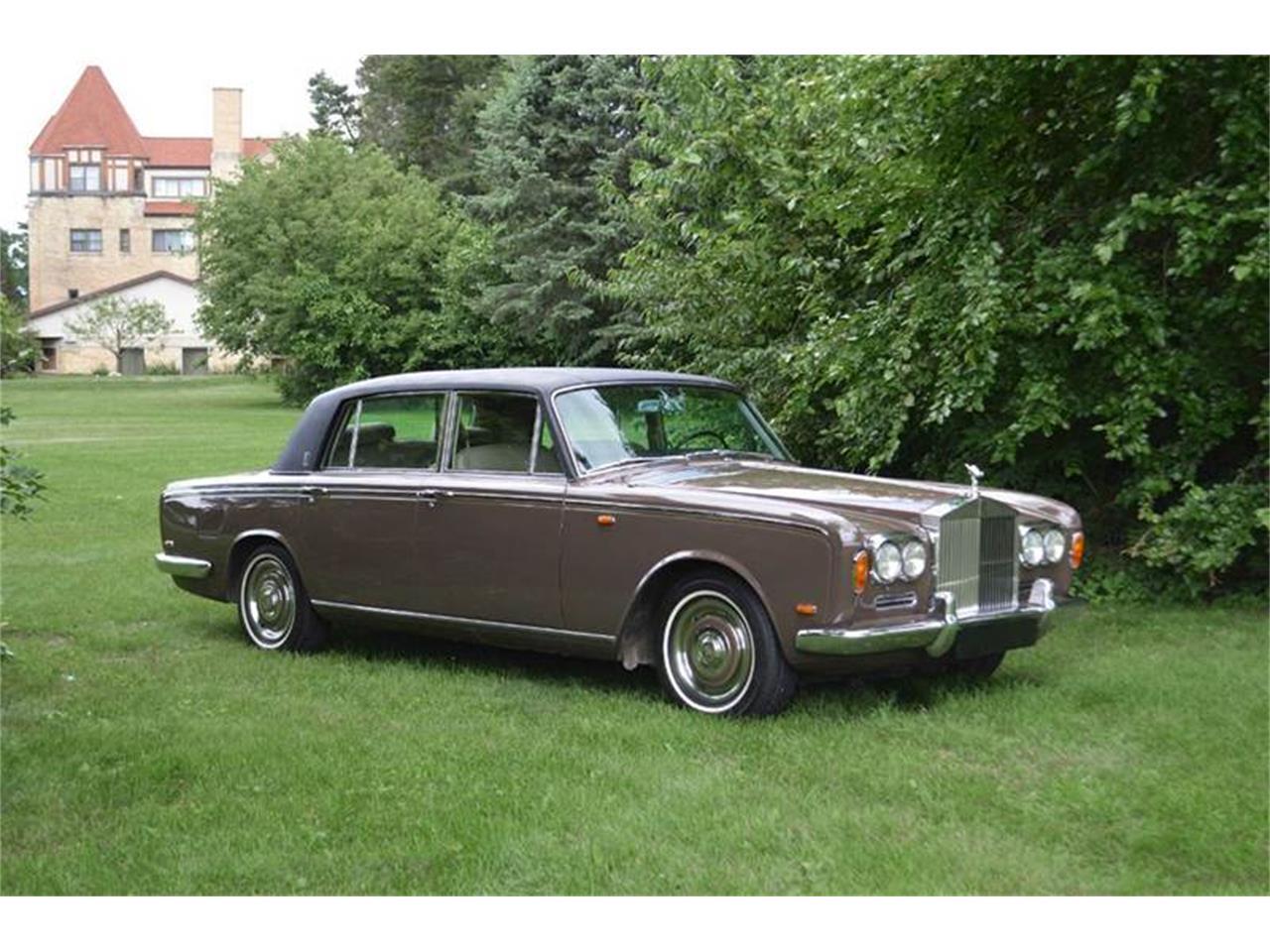 Large Picture of '69 Silver Shadow - QCOM