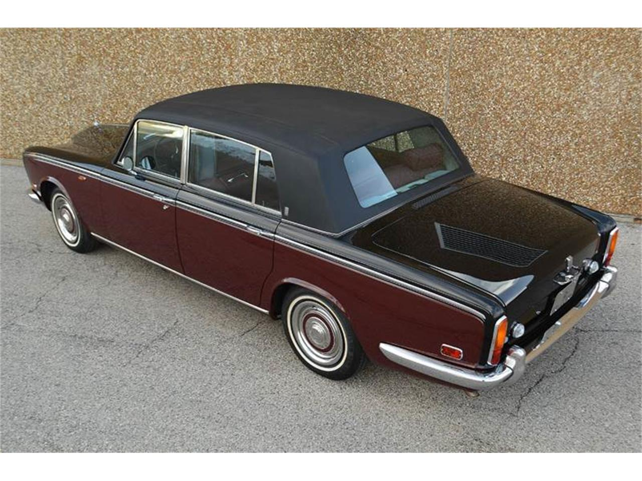 Large Picture of '71 Silver Shadow - QCOR