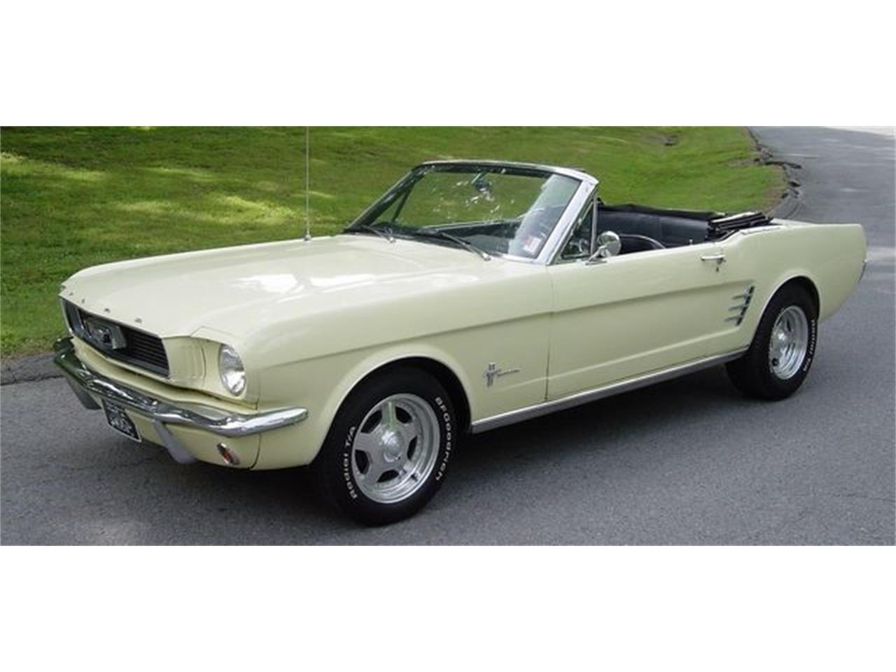 Large Picture of Classic '66 Mustang located in Tennessee Offered by Maple Motors - QCQ2
