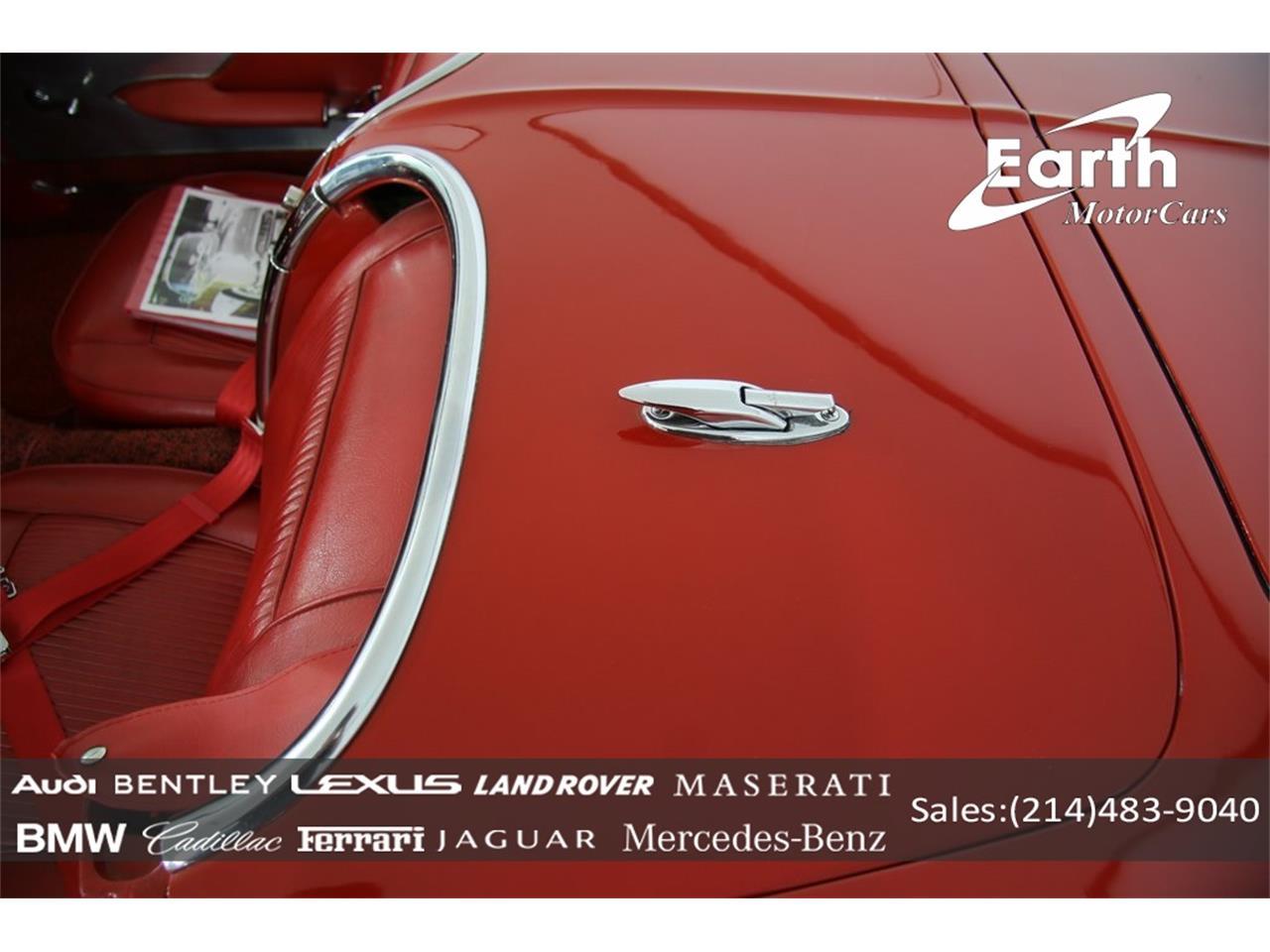 Large Picture of '61 Corvette - QCQ8