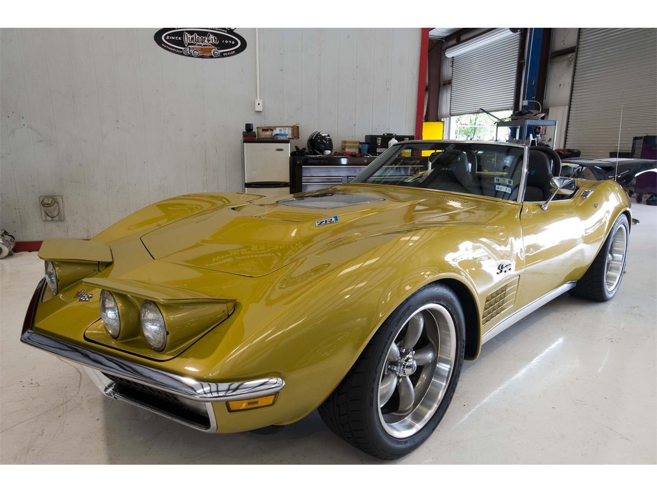 Large Picture of '71 Corvette - QCRH