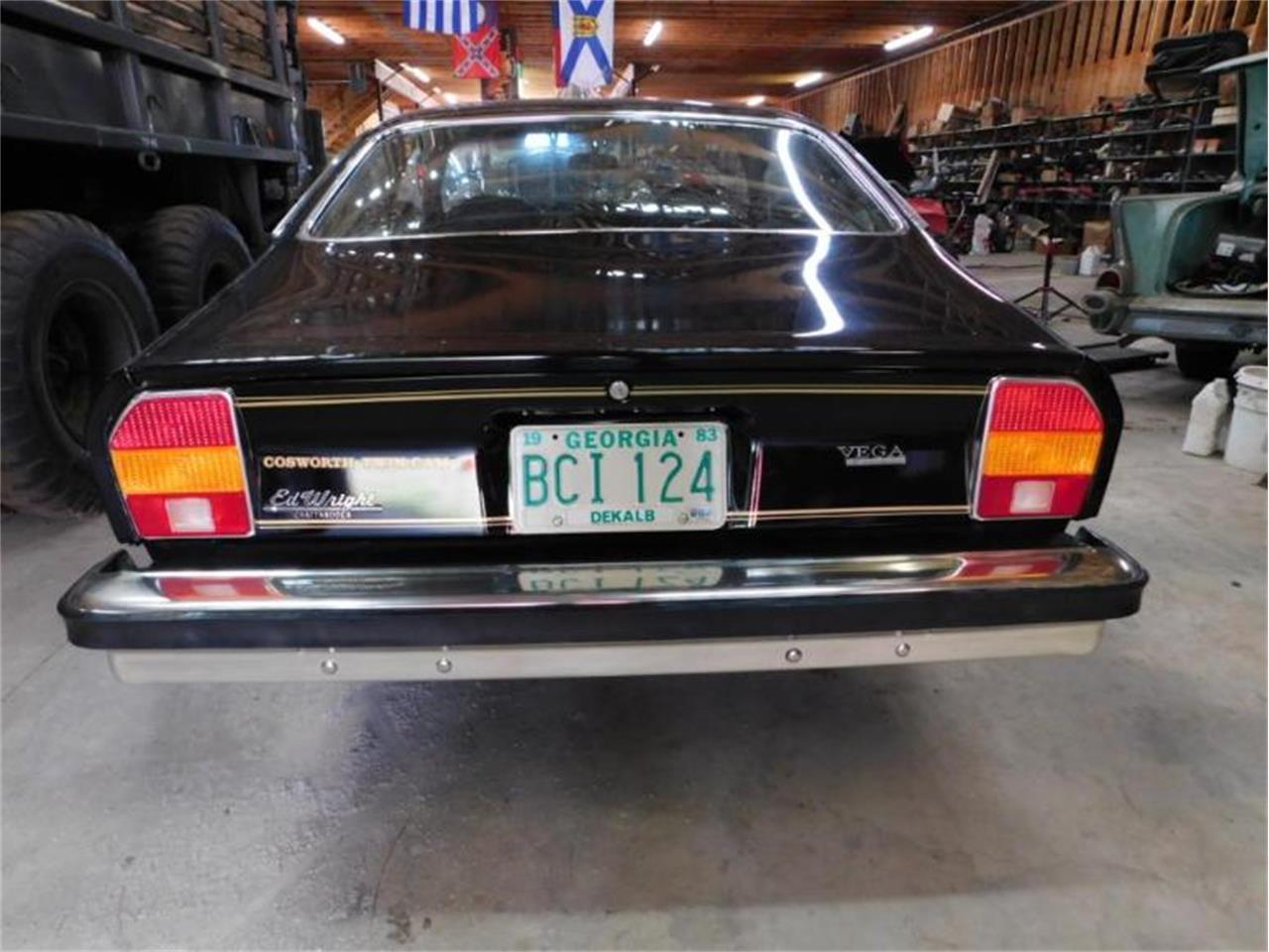 Large Picture of '76 Vega - QCTM