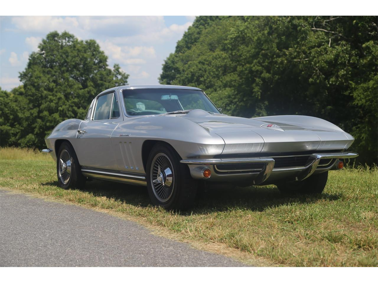 Large Picture of '65 Corvette Auction Vehicle Offered by Bullseye Auctions - QCTR
