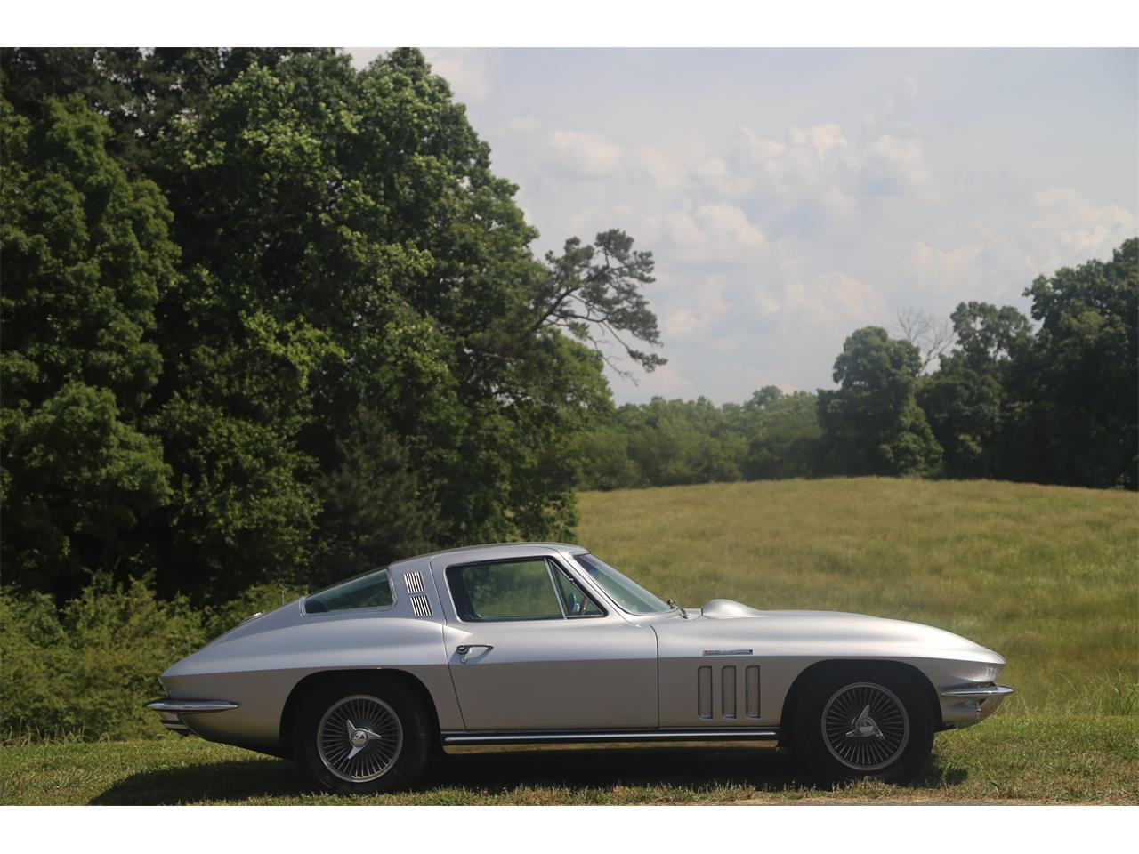 Large Picture of Classic '65 Chevrolet Corvette located in Suwanee Georgia Offered by Bullseye Auctions - QCTR