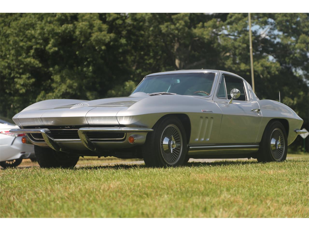 Large Picture of '65 Corvette - QCTR