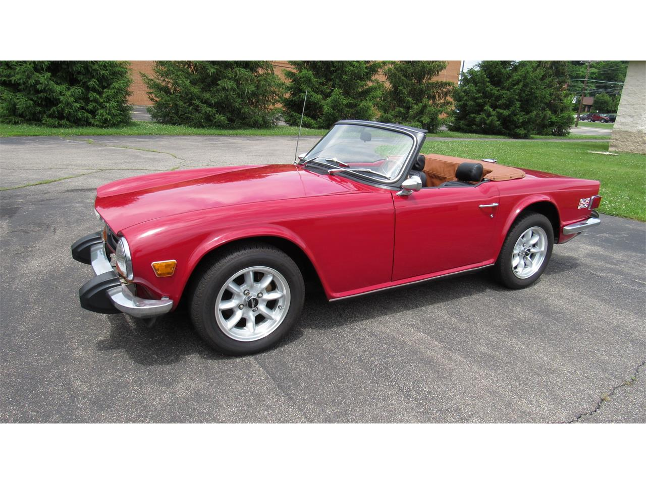 Large Picture of '73 TR6 - QCU9