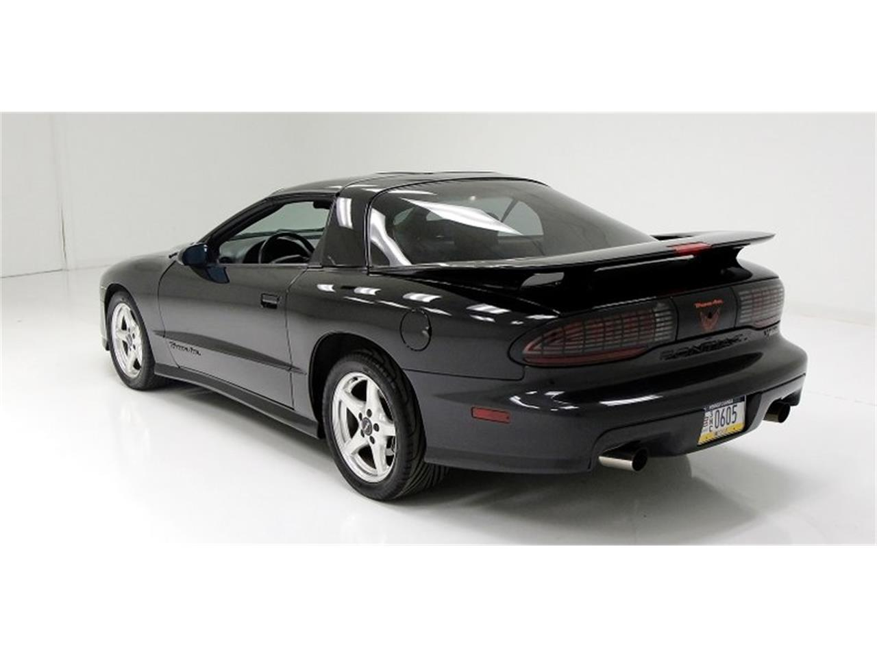 Large Picture of 1997 Pontiac Firebird Trans Am located in Pennsylvania Offered by Classic Auto Mall - QCUN