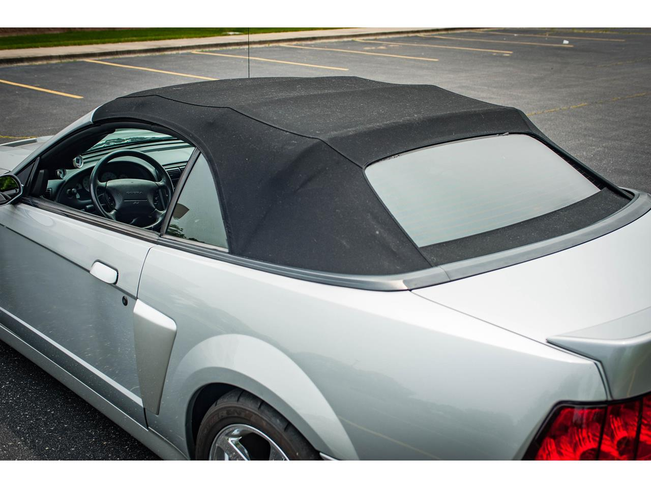 Large Picture of '03 Mustang - QCW4