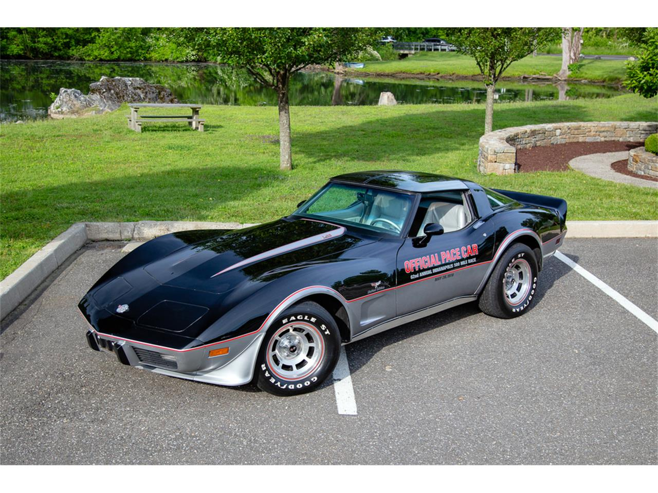 Large Picture of '78 Corvette - QCWS