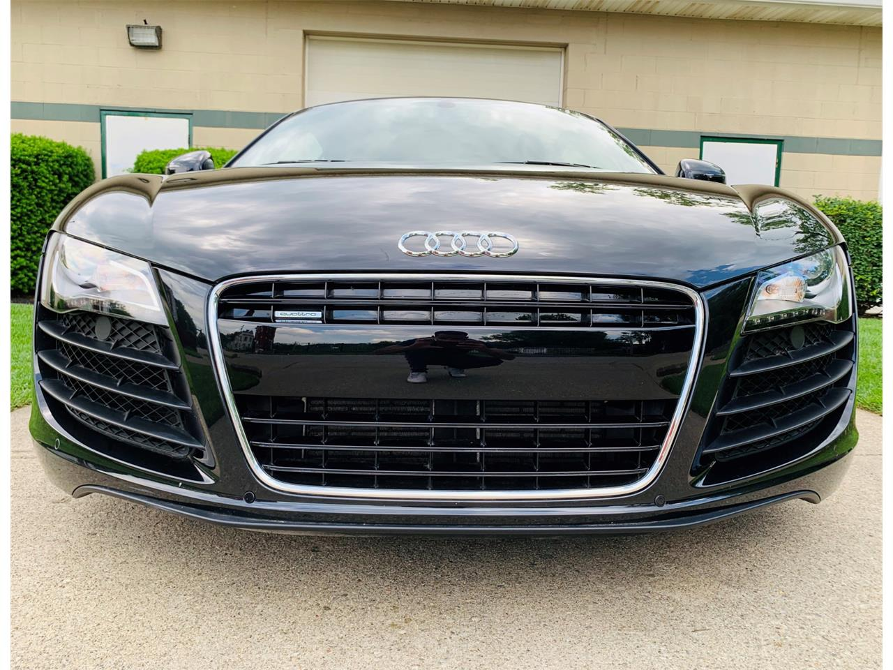 Large Picture of '09 R8 - QCXT