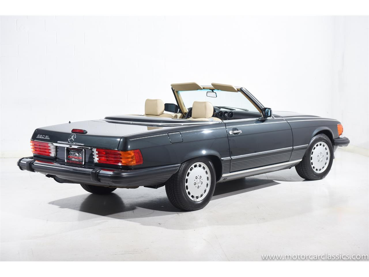 Large Picture of 1989 Mercedes-Benz 560 located in Farmingdale New York Offered by Motorcar Classics - QCYV