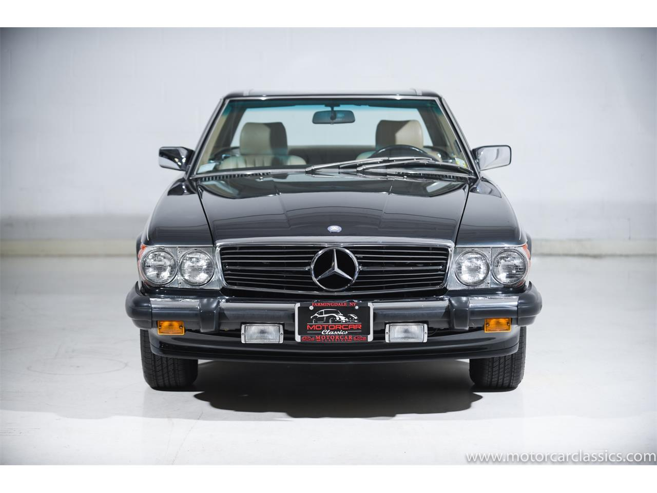 Large Picture of '89 Mercedes-Benz 560 located in Farmingdale New York - $74,900.00 - QCYV