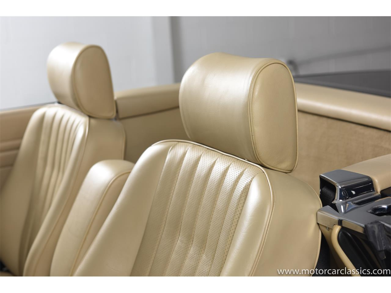 Large Picture of '89 Mercedes-Benz 560 Offered by Motorcar Classics - QCYV