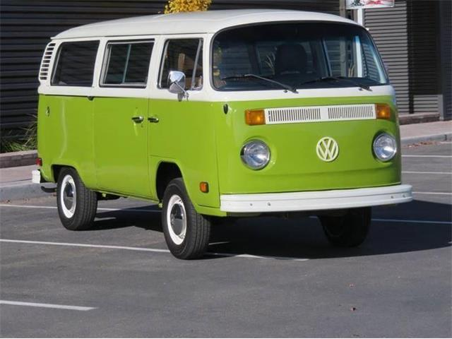 Picture of '76 Bus - Q64I