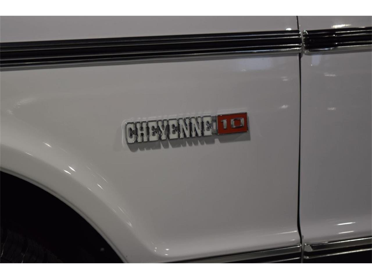 Large Picture of '72 C/K 10 located in Sioux City Iowa Offered by Jensen Dealerships - QD1K