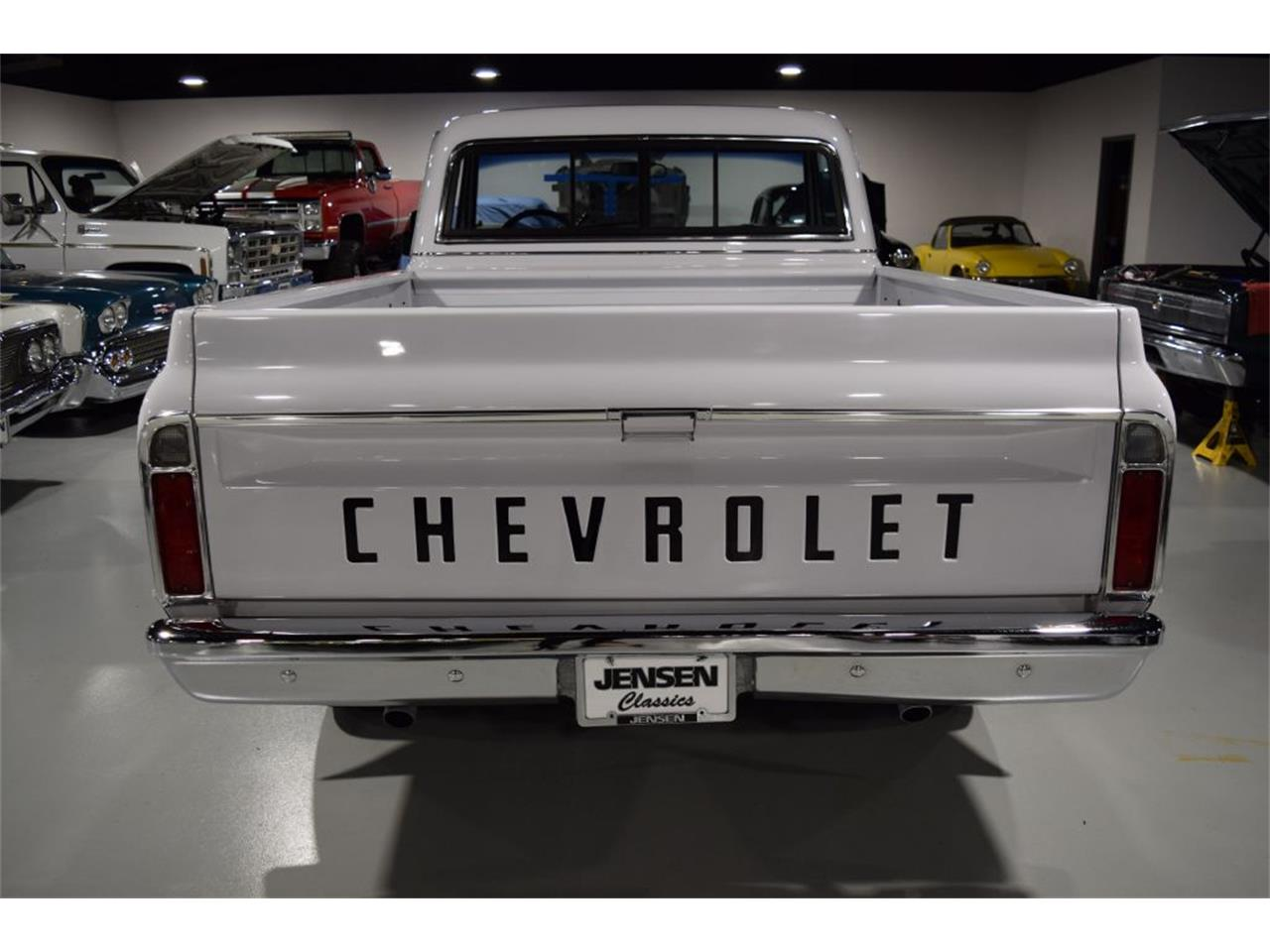 Large Picture of Classic '72 C/K 10 located in Iowa Offered by Jensen Dealerships - QD1K