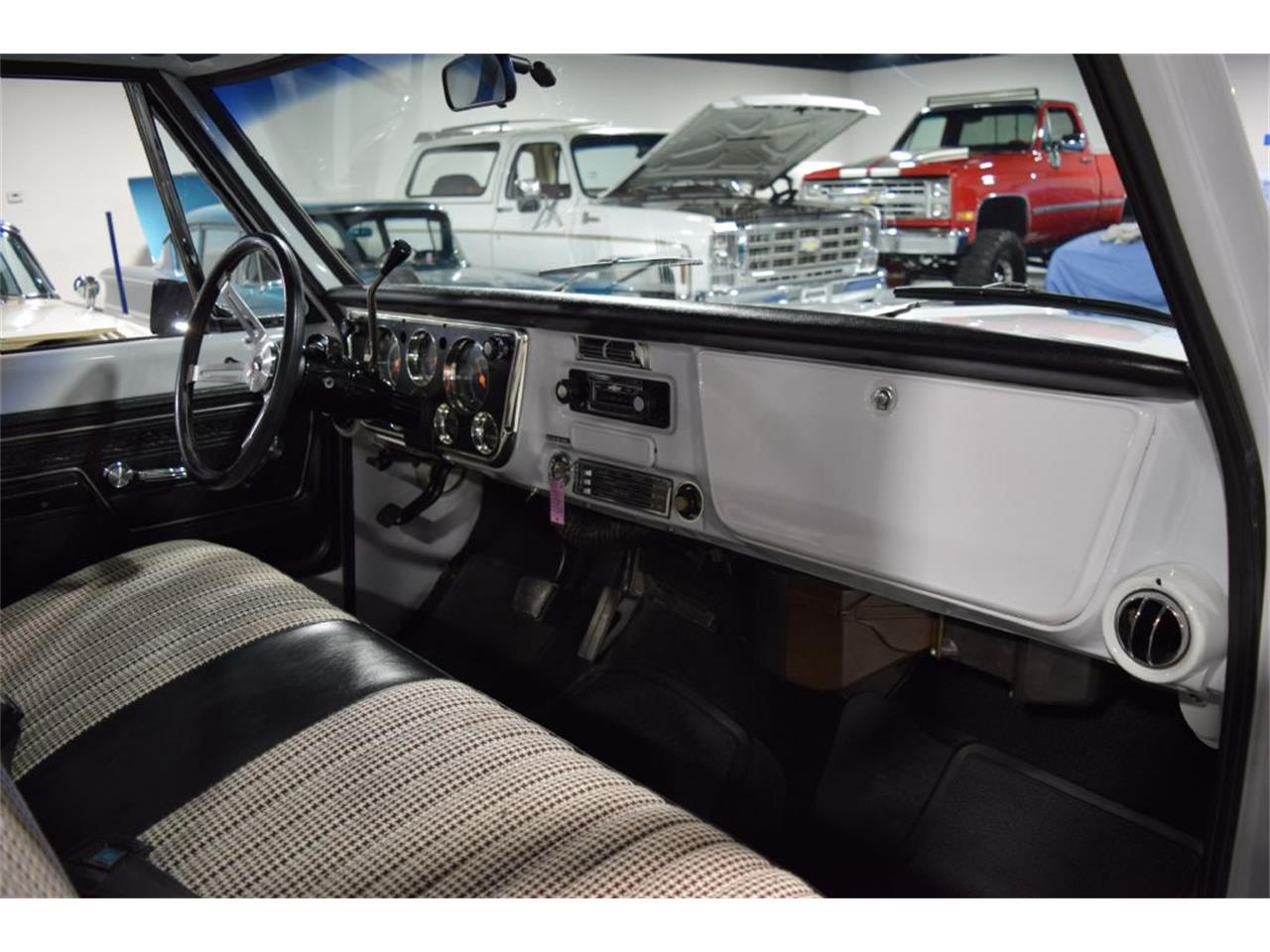 Large Picture of Classic '72 C/K 10 Offered by Jensen Dealerships - QD1K