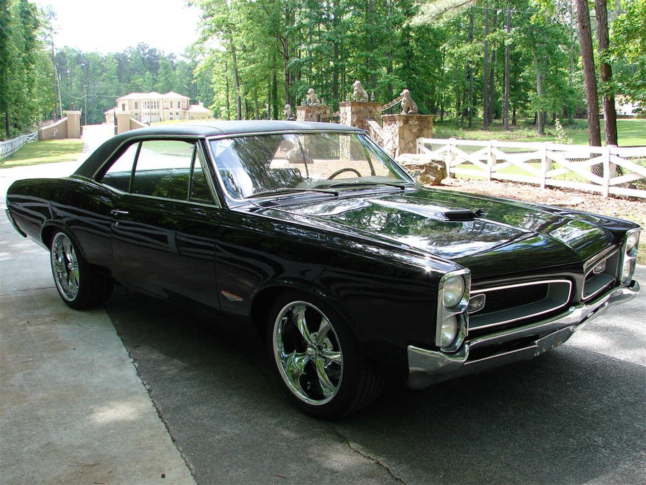 Large Picture of '66 GTO - QDUW