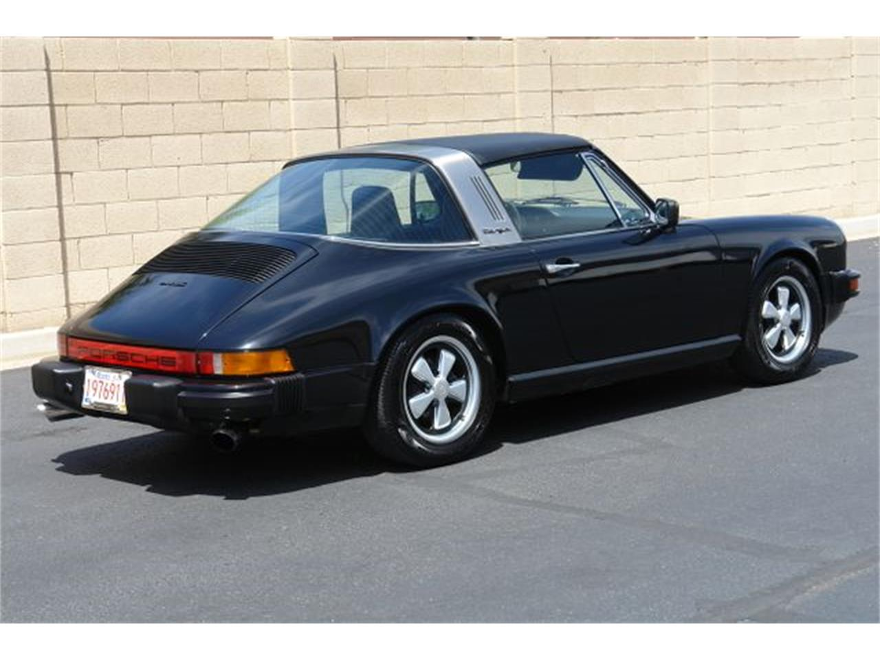 Large Picture of '76 911S located in Phoenix Arizona - QDW8