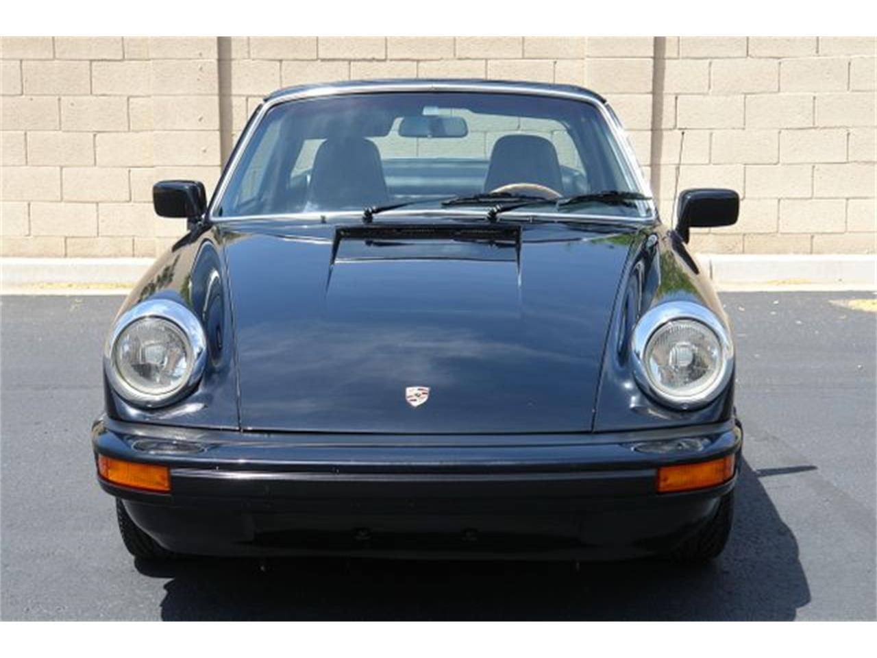 Large Picture of 1976 Porsche 911S located in Phoenix Arizona - QDW8