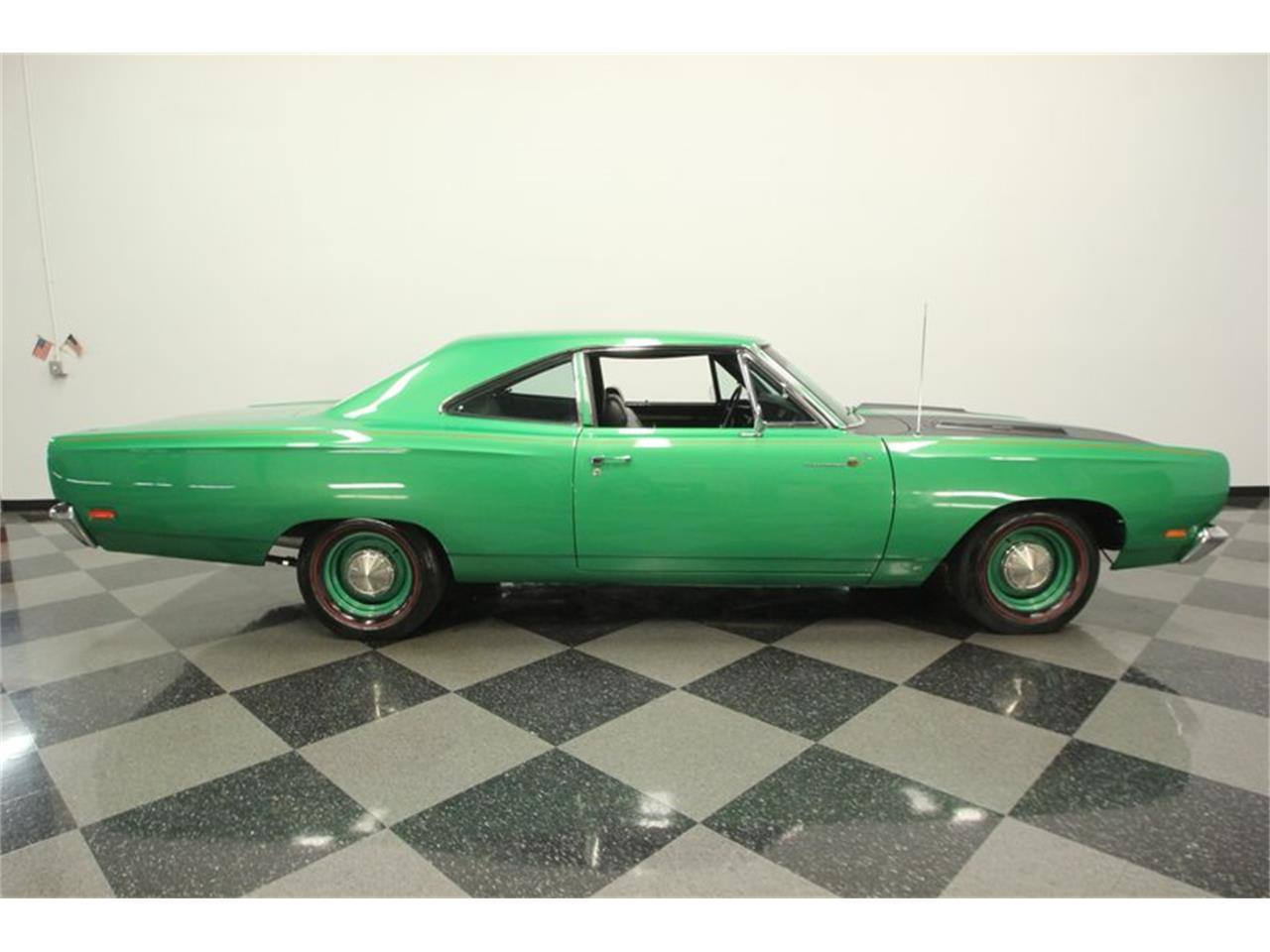Large Picture of '69 Road Runner - QDYD