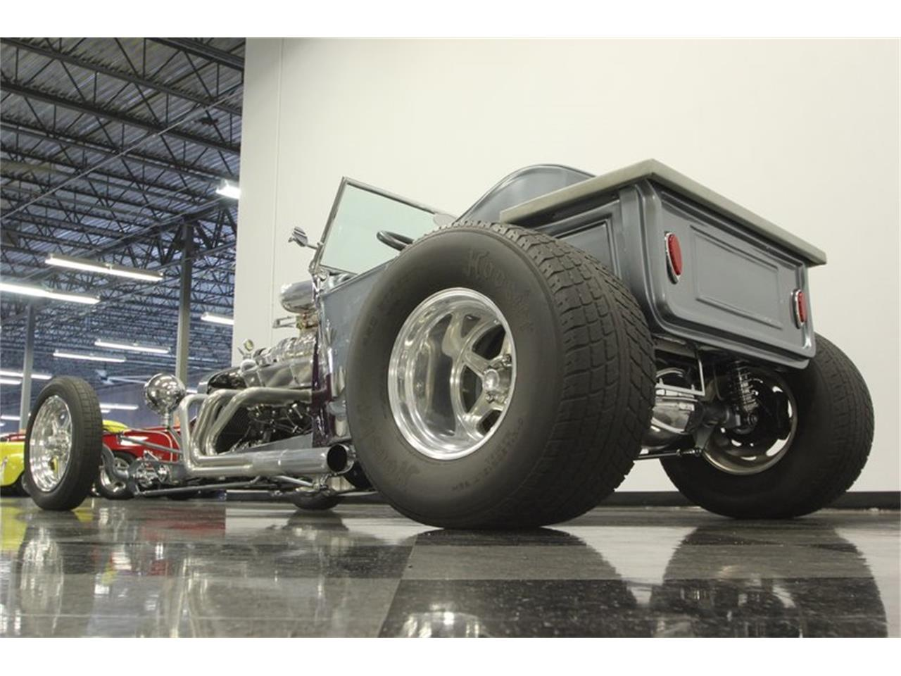 Large Picture of '23 T Bucket - QD5W