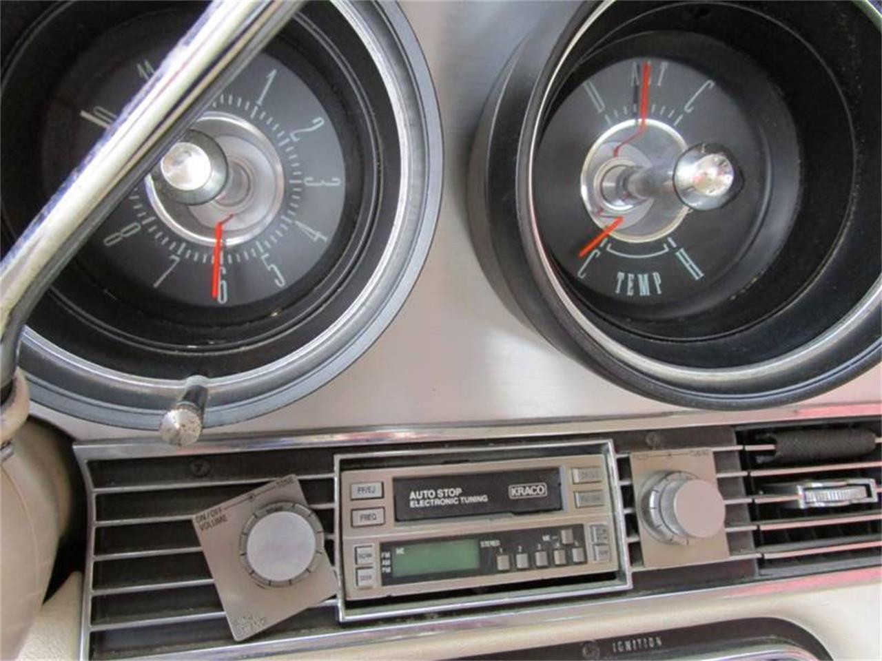 Large Picture of '67 Thunderbird - QDZO