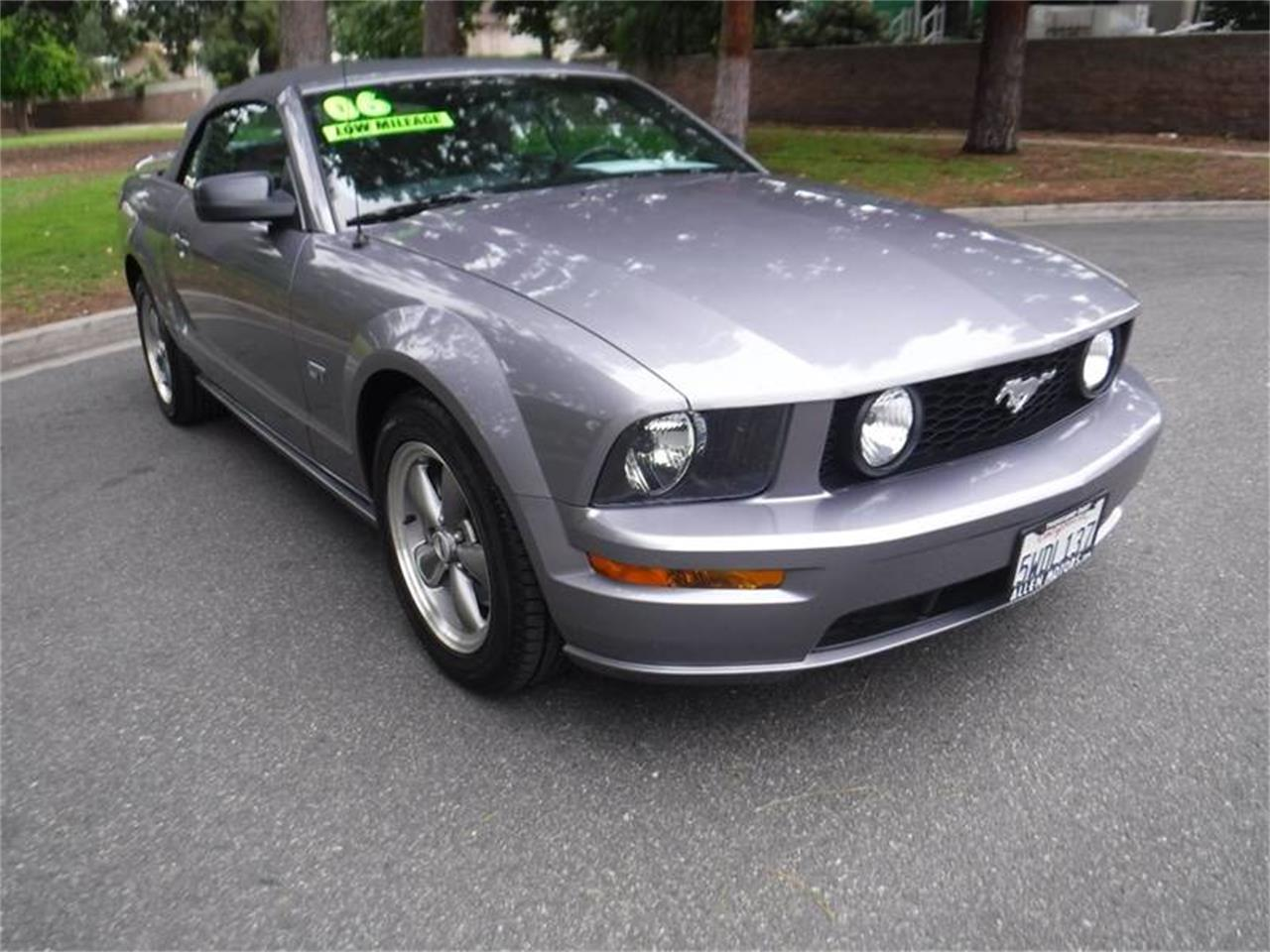 Large Picture of '06 Mustang - QE00