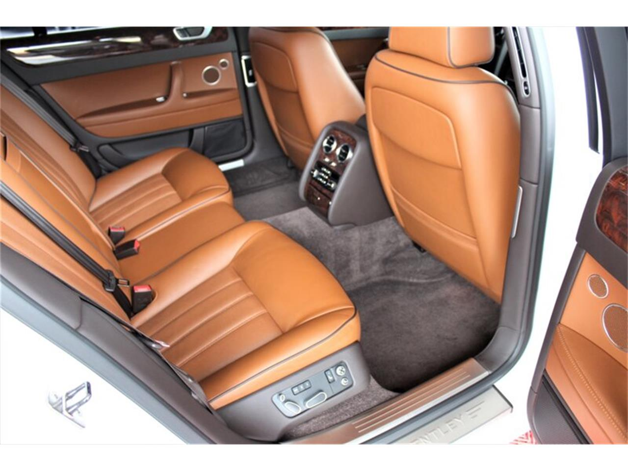 Large Picture of '13 Continental Flying Spur - QE08