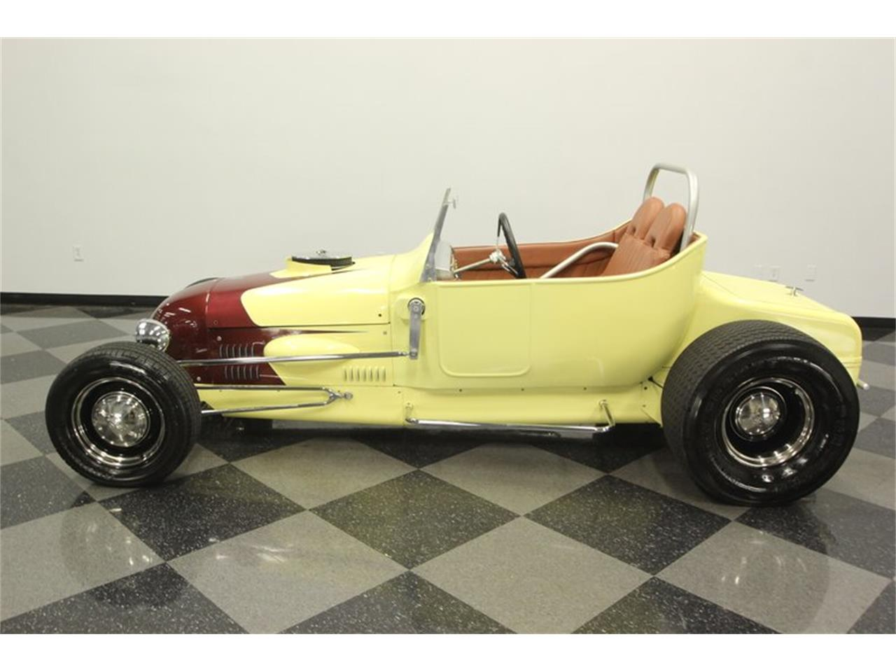 Large Picture of Classic '23 Model T - $16,995.00 Offered by Streetside Classics - Tampa - QD64