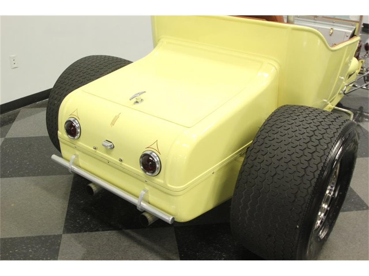 Large Picture of Classic 1923 Model T - $16,995.00 Offered by Streetside Classics - Tampa - QD64
