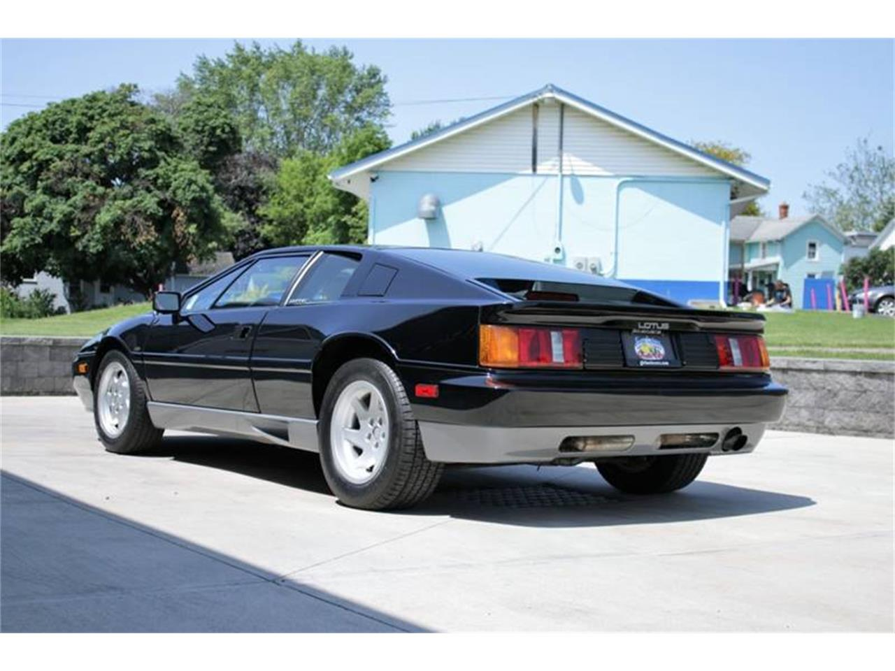 Large Picture of '88 Esprit - $26,495.00 Offered by Great Lakes Classic Cars - QE3Z