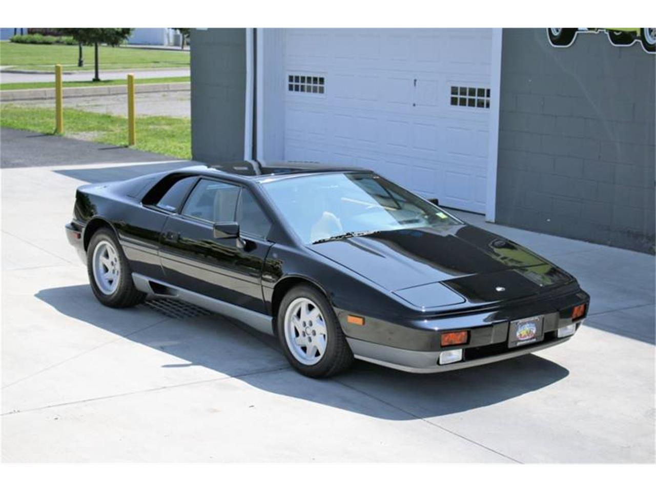 Large Picture of 1988 Lotus Esprit located in New York - $26,495.00 Offered by Great Lakes Classic Cars - QE3Z