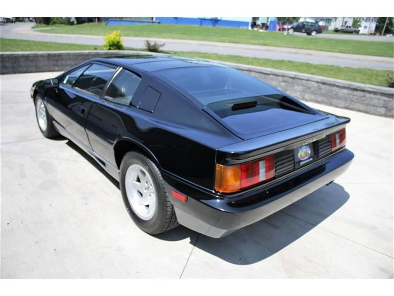 Large Picture of '88 Esprit located in New York Offered by Great Lakes Classic Cars - QE3Z