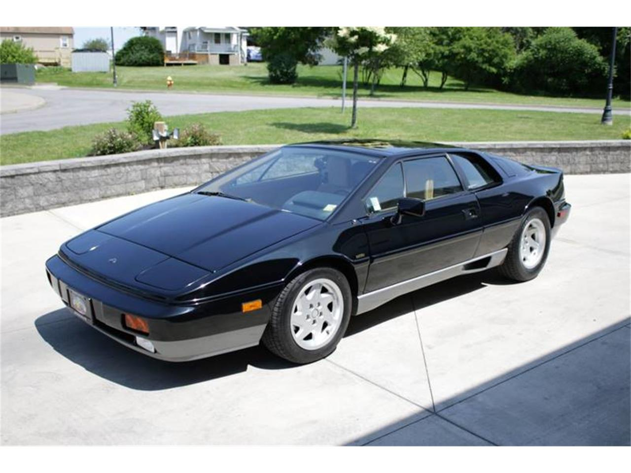Large Picture of '88 Esprit located in Hilton New York Offered by Great Lakes Classic Cars - QE3Z