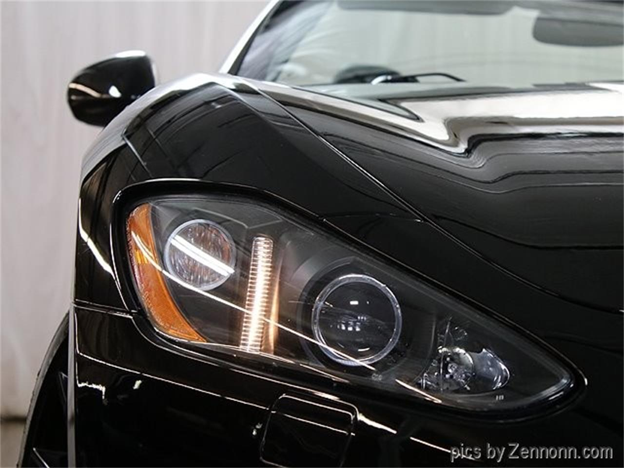 Large Picture of '11 Maserati GranTurismo - $39,990.00 Offered by Auto Gallery Chicago - QE45
