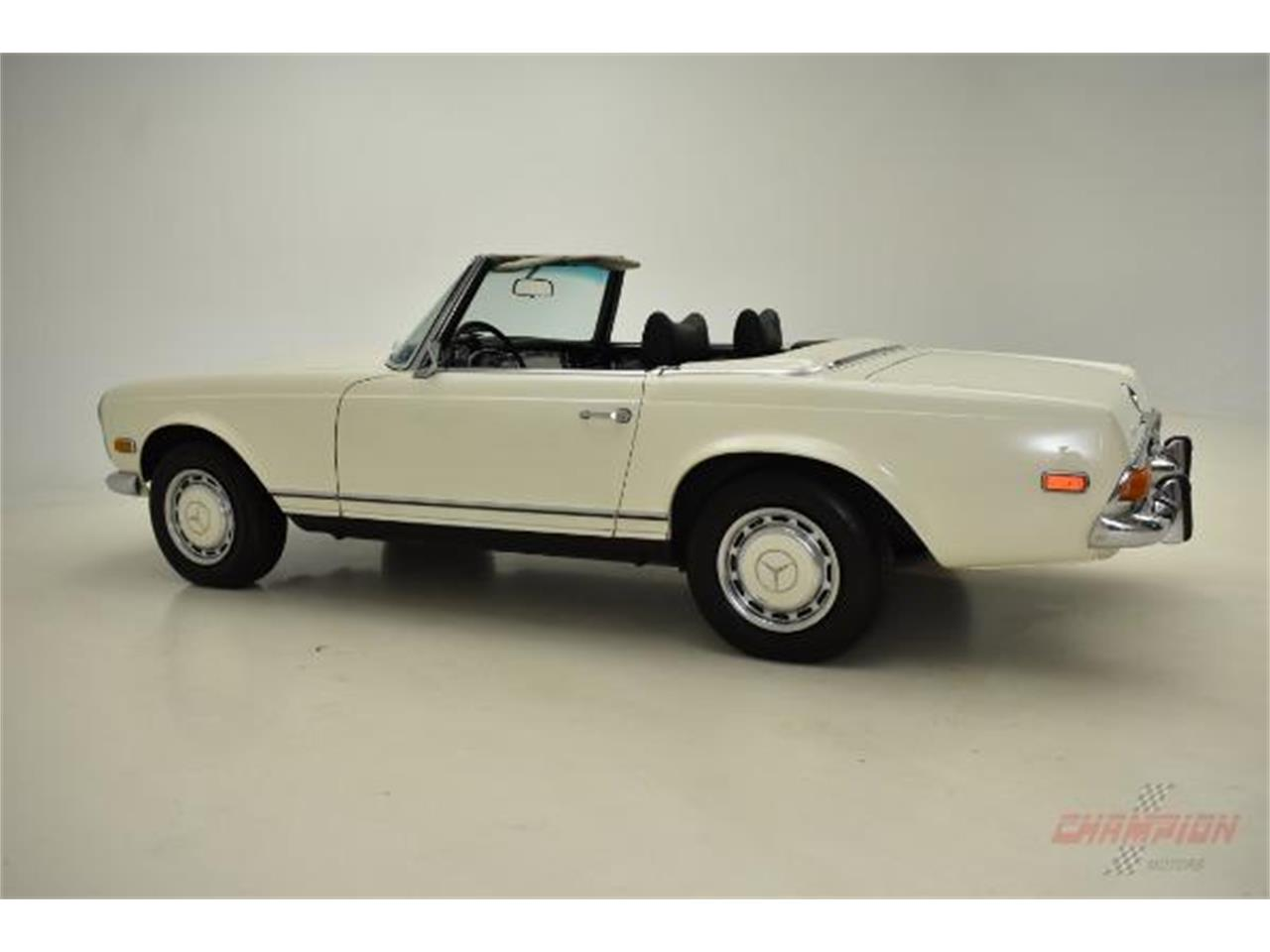 Large Picture of '71 280SL located in New York Offered by Champion Motors International - QE4X