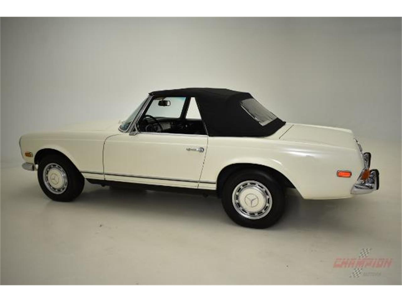 Large Picture of Classic 1971 Mercedes-Benz 280SL - $79,500.00 Offered by Champion Motors International - QE4X