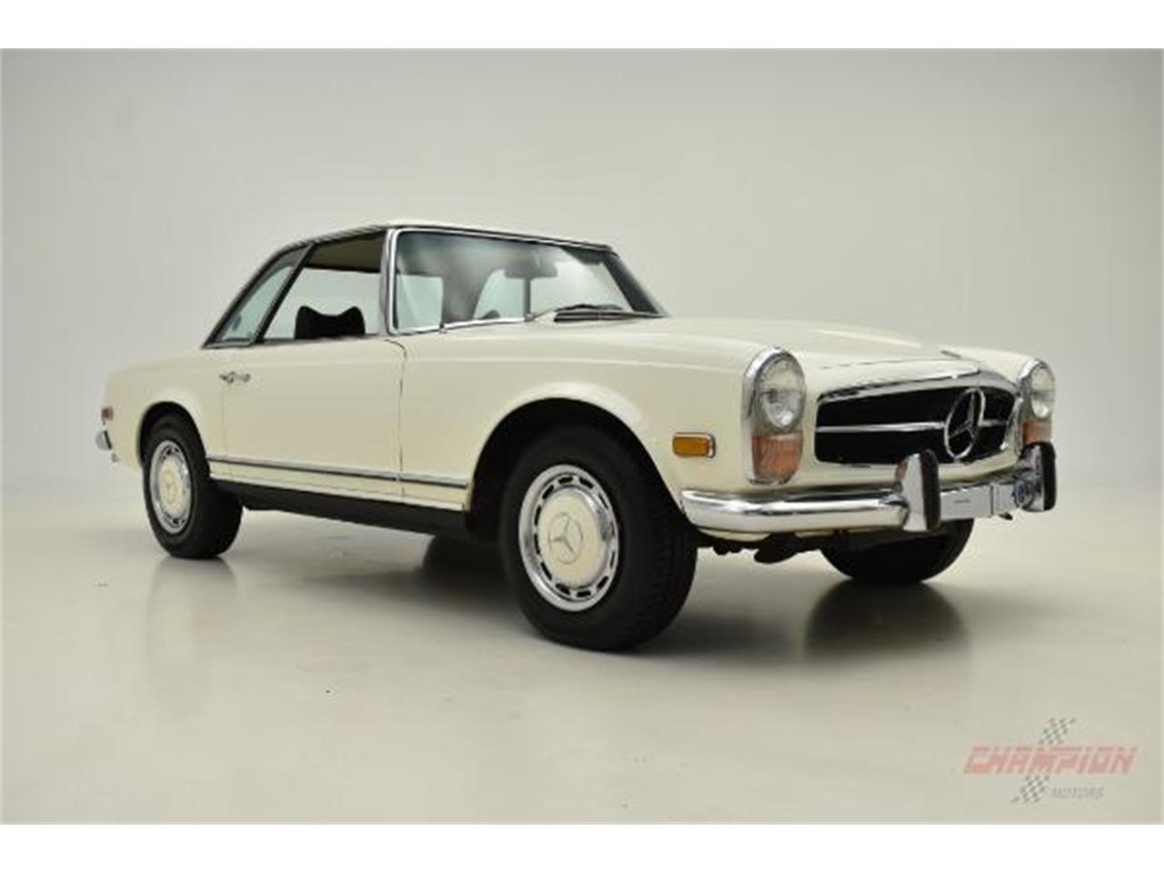 Large Picture of '71 280SL located in Syosset New York - $79,500.00 Offered by Champion Motors International - QE4X