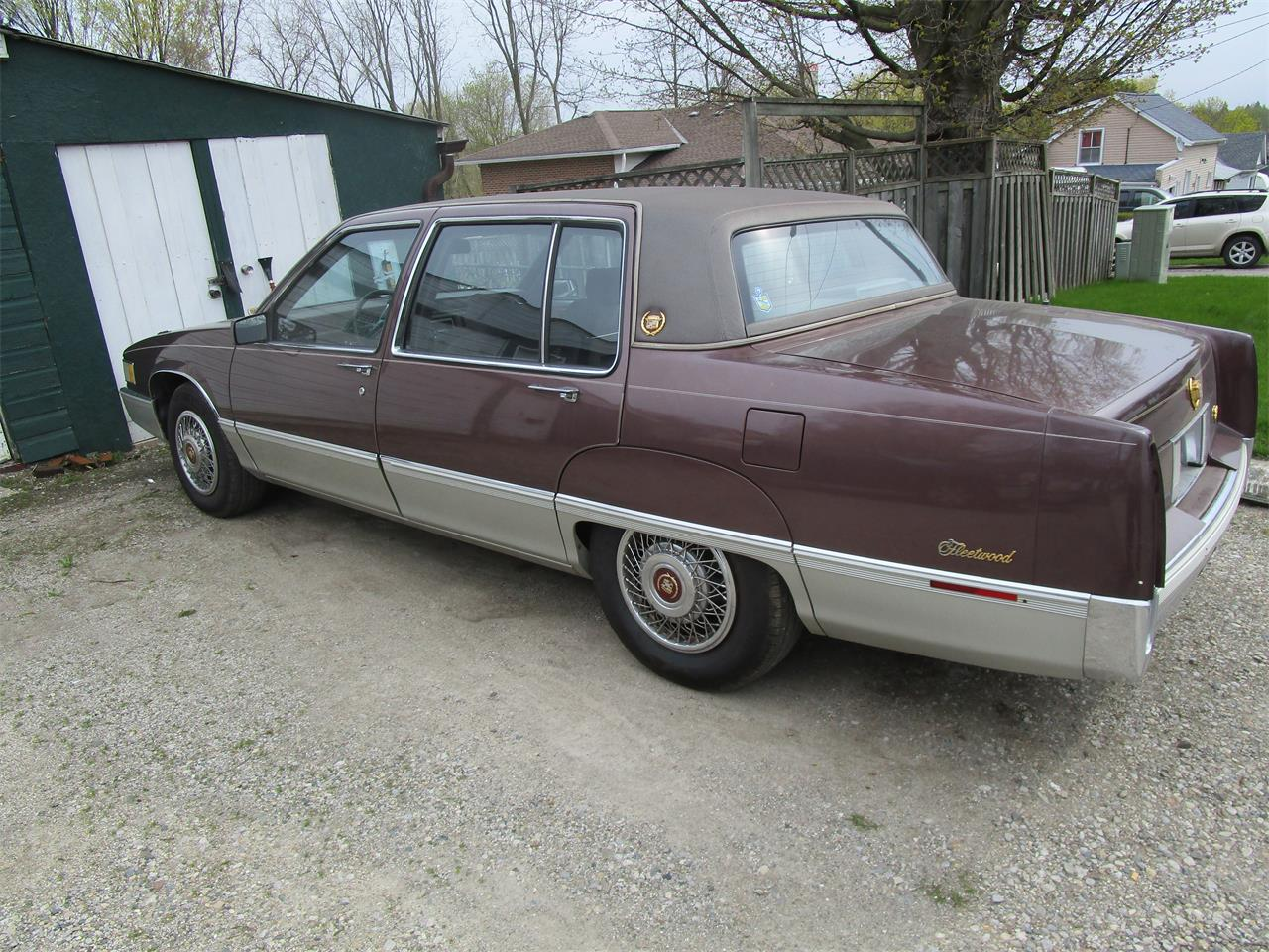 Large Picture of 1989 Cadillac Fleetwood located in Woodstock Ontario Offered by a Private Seller - QE5O
