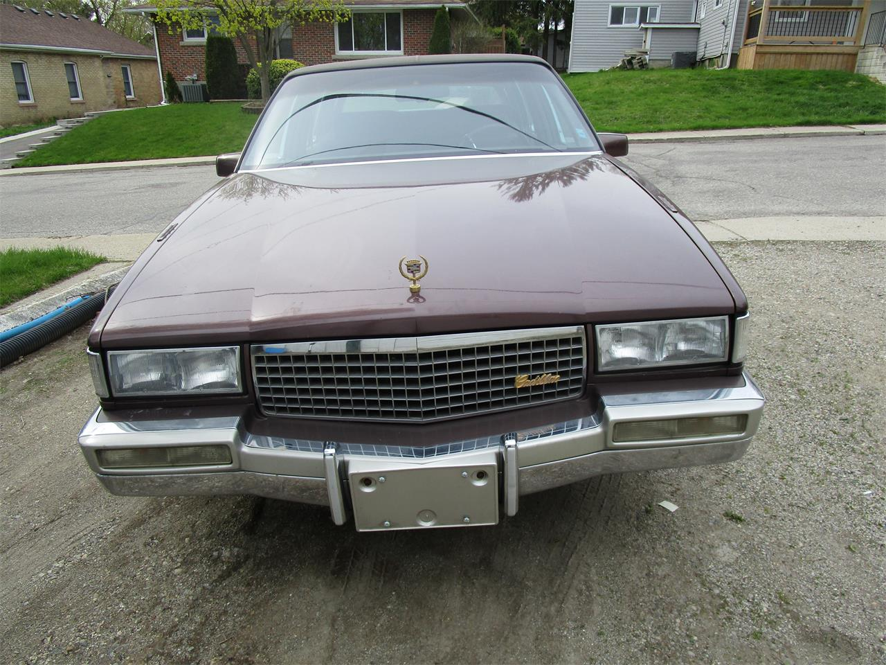Large Picture of 1989 Cadillac Fleetwood located in Ontario - QE5O